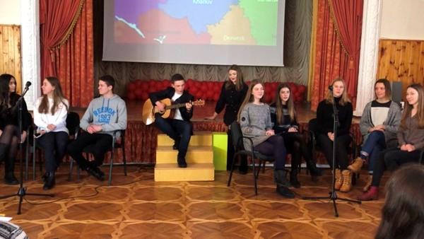 Новий формат поетичної України. Конкурс читців поезії.
